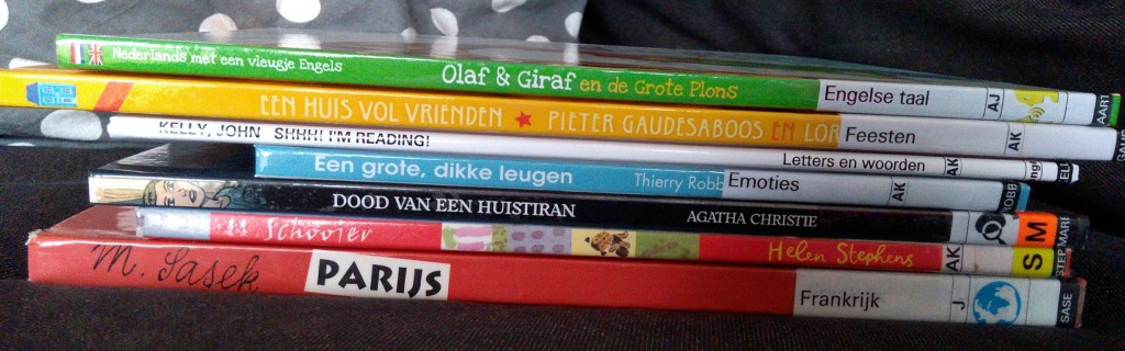 Bibliotheek Zoetermeer, Library #2, Books, Non-Fiction, Picture Books, Parijs, Stack of Books, Reading