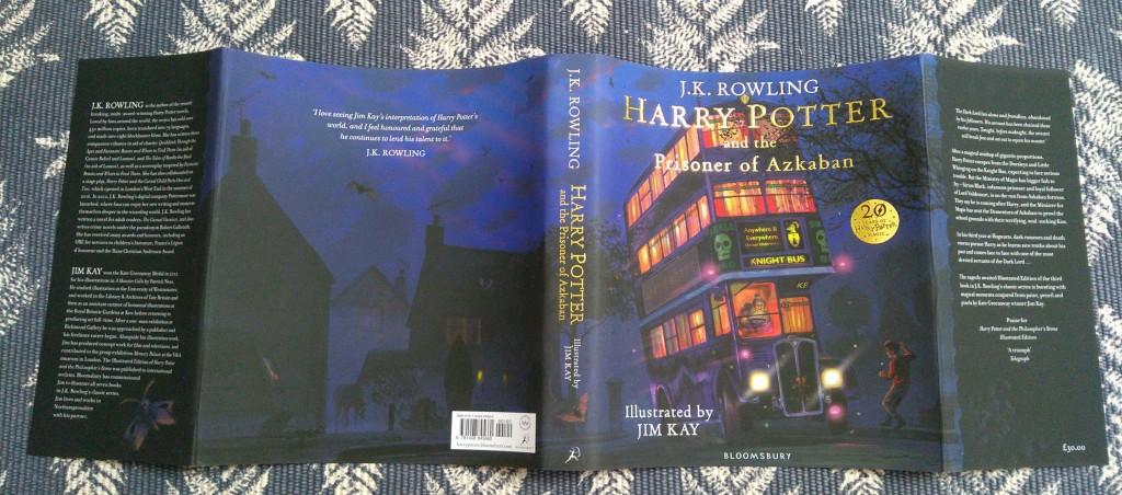 Harry Potter and the Prisoner of Azkaban, Bus, Harry Potter, J.K. Rowling, Knight Bus, Night Scene, Boy, Teddybear, bus, dog, boarding school, young adult, friendship, magic, fantasy, sports, quidditch, mystery