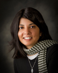 Priya Ardis, Author, Scarf, Photograph