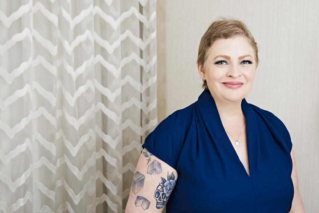 Kylie Scott, Curtain, Blue Shirt, Tattoos, Author, Photograph